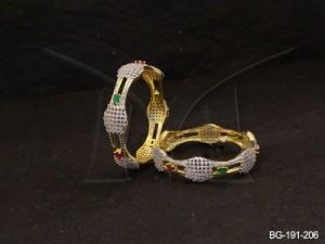 Ad Jewellery , Curve Parellel Gapped Ad Bangles | Manek Ratna