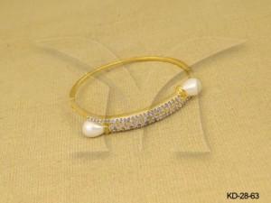 Ad Jewellery , Ends Folded Ad Kadas | Manek Ratna