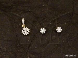 Ad Jewellery , Flower On Flower Ad Pendant Set | Manek Ratna