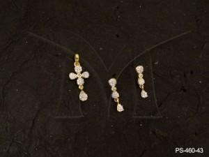 Ad Jewellery , Four Pattled Flower Paan Drop Ad Pendant Set | Manek Ratna