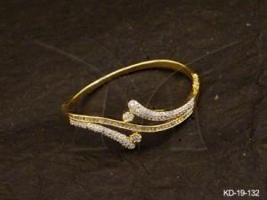Ad Jewellery , Opposite Cross Ended Ad Kada | Manek Ratna