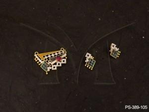 Ad Jewellery , Quadrilateral Arrow Fusion Ad Mangalsutra | Manek Ratna
