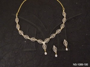 Ad Jewellery , Rectangular Paan Chained Ad Necklace Set | Manek Ratna