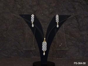 Ad Jewellery , Square Checks Ad Pendant Set | Manek Ratna