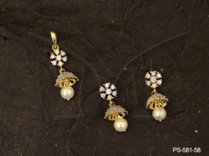 Ad Jewellery , Flower Bell Style Delicate Ad Pendant Set | Manek Ratna