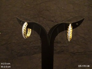 Ad Jewellery , Side Textured Style Delicate Ad Earrings | Manek Ratna