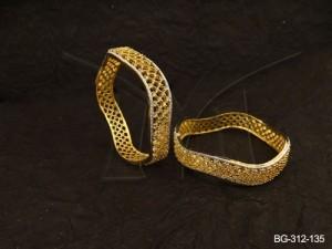 Ad Jewellery , Wavy Curved Style Punjabi Dress Ad Bangles | Manek Ratna