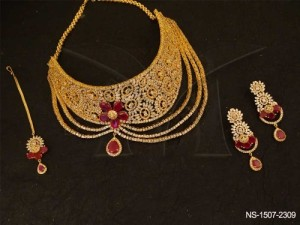 Ad Jewellery , Chand Side Flower Layerd Style Ad Necklace Set | Manek Ratna
