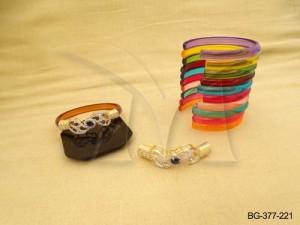 Ad Jewellery , Curved Leaf Designed Twisted Ad Bangles | Manek Ratna