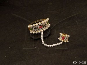 Ad Jewellery , Moti Bordered Haath Paan Style Ad Kada | Manek Ratna