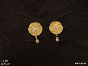 Round Stylish Ad Jewellery with Flower by Manek Ratna