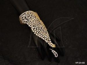 Ad Jewellery , Dulhan Onesided Ad Haath Paan | Manek Ratna